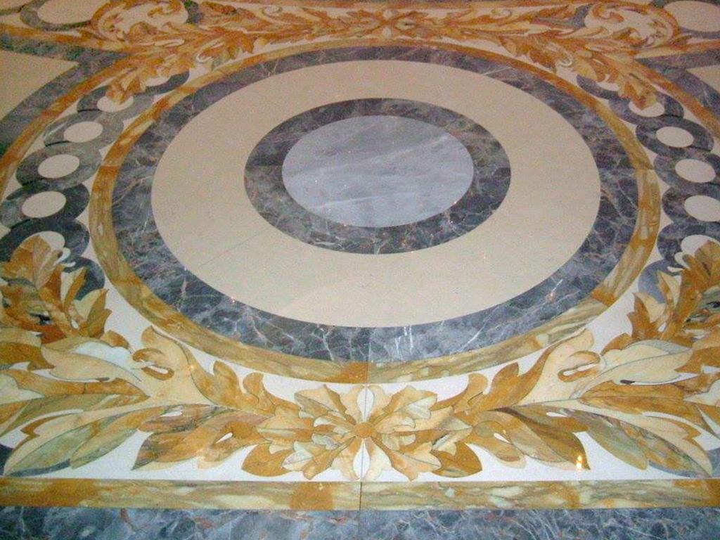 Pavimento di marmo ad intarsio, marmi colorati - 1