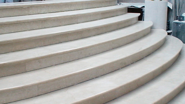 scala in marmo villa a mosca - 1