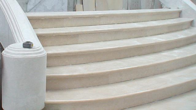scala Villa Mosca Pavimenti in Botticino, Giallo Siena, Rosso Alicante, Portoro, Statuario - 2